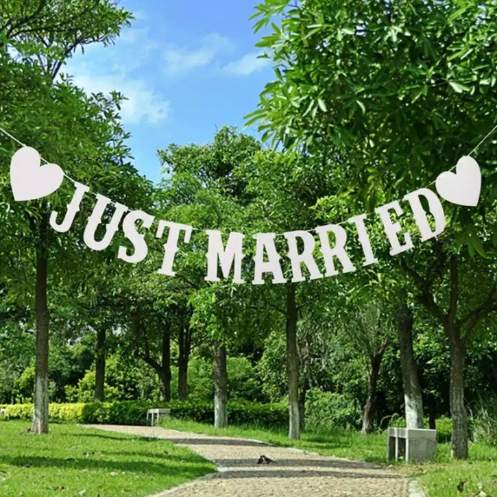 Just Married Banner in weiß